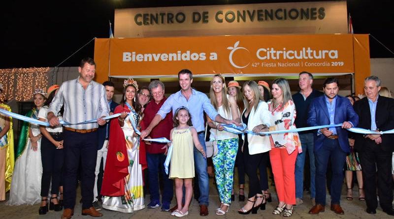 15 mil personas en la primera noche de la Fiesta de la Citricultura